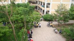 hawassa university students on campus